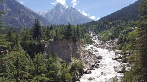Hiking near Sangla