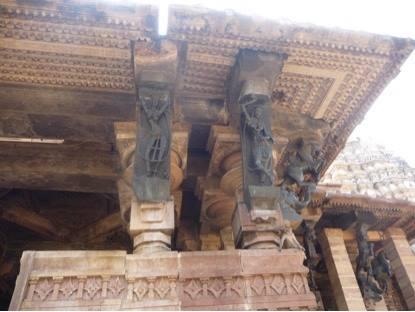 More sculptures at Ramappa