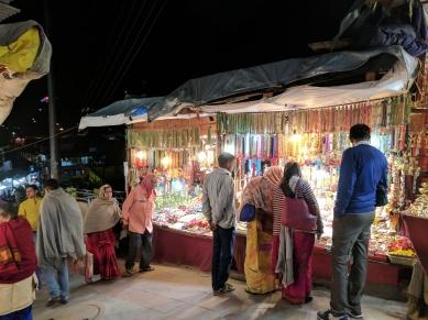 Bazaar in Badrinath