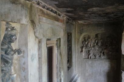 Undavalli caves