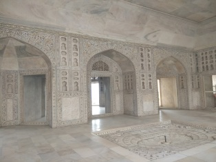 A room inside Agra Fort