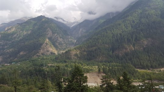 On the way to Sangla 2