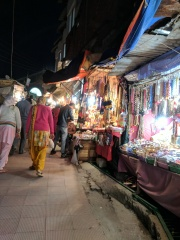 Shops on the way to Badrinath Temple