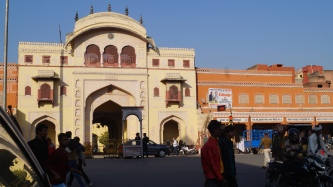 a city gate in jaipur