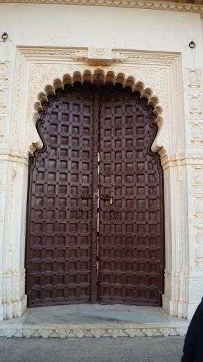 a door at kumbhalgarh fortjpg