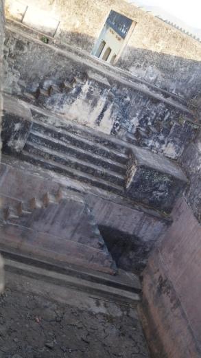 a stepwell inside kumbhalgarh fort