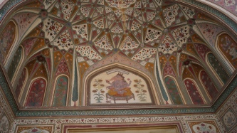 close up of ganesh pol roof in amber fort jaipur