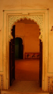 interconnected rooms within the palace at kumbhalgarh fort
