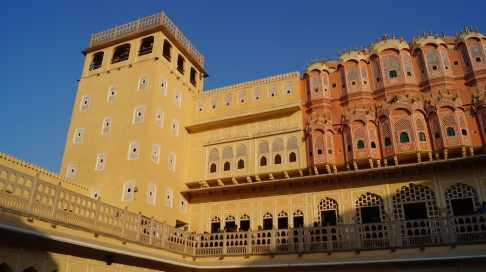 interior courtyard in hawa mahal jaipur