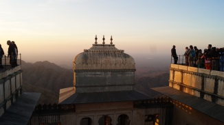 kumbhalgarh fort at sunset