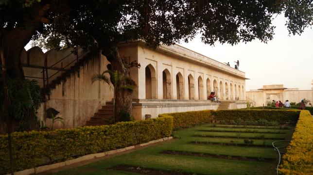 padmini palace grounds in chittorgarh