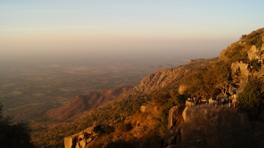 sunset view from honeymoon point in mt abu