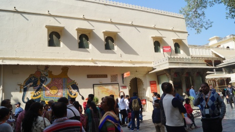 toran pol courtyard in udaipur palace