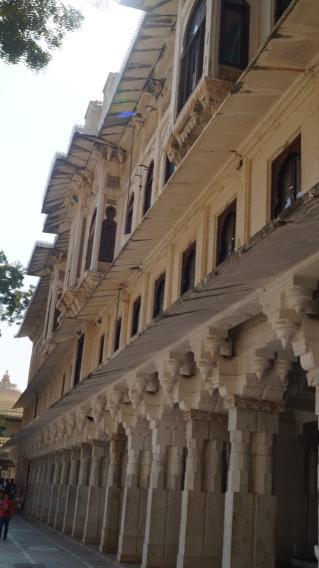 udaipur courtyard facade