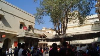 udaipur palace toran pol courtyard