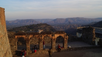 view from top of kumbhalgarh fort