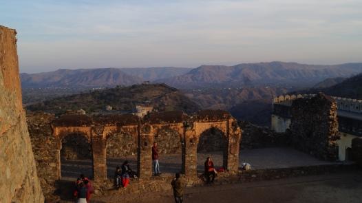 view from top of kumbhalgarh fort