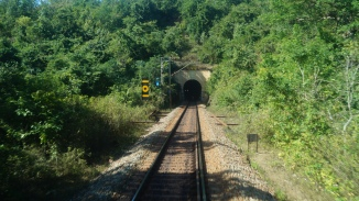 Leaving a tunnel behind on the way to Araku