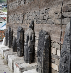 Statues at Naggar Castle