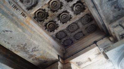 Ceiling at Somanathpur Complex corridor